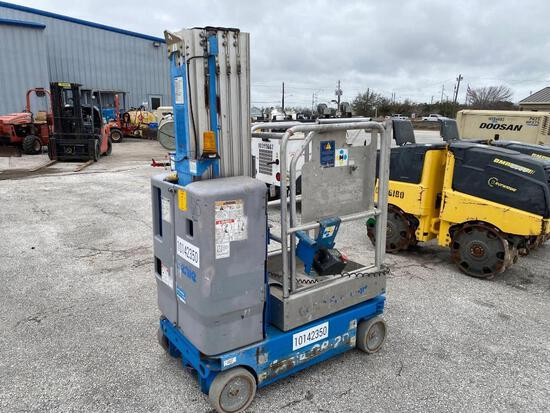 2013 GENIE GR-20 SCISSOR LIFT SN:GR13-26701 electric powered, equipped with 20ft. Platform height, 4