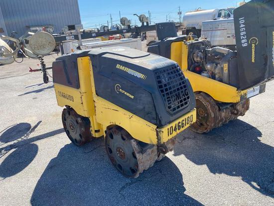 2016 BOMAG BMP8500 TRENCH ROLLER SN:101720124757 powered by diesel engine, equipped with 33in. Padsf