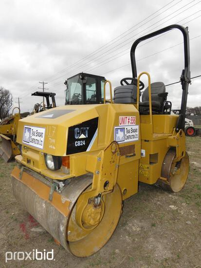 2011 CAT CB24 ASPHALT ROLLER SN:CAT0CB24H24001799 powered by Cat diesel engine, equipped with ROPS,