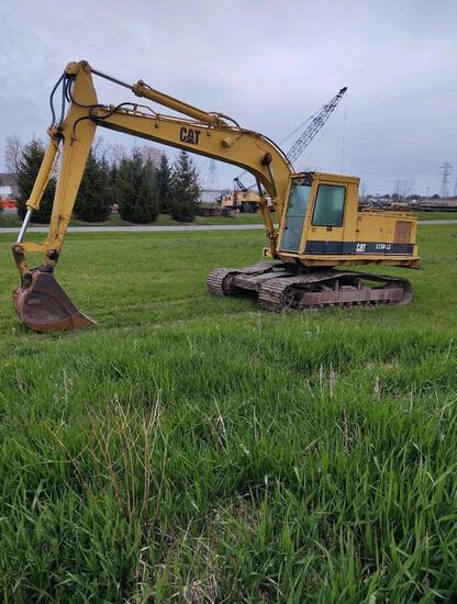 CAT 225DLC HYDRAULIC EXCAVATOR SN:2ZD01649 powered by Cat diesel engine, equipped with Cab, digging