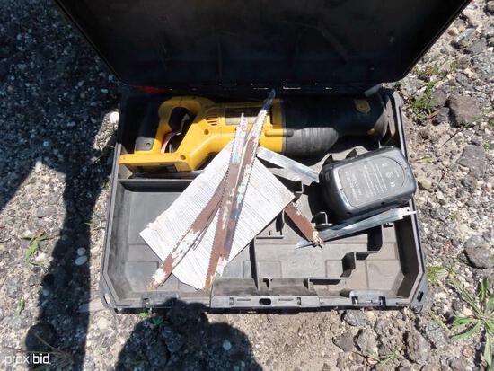 BOX OF DEWALT TOOLS SUPPORT EQUIPMENT