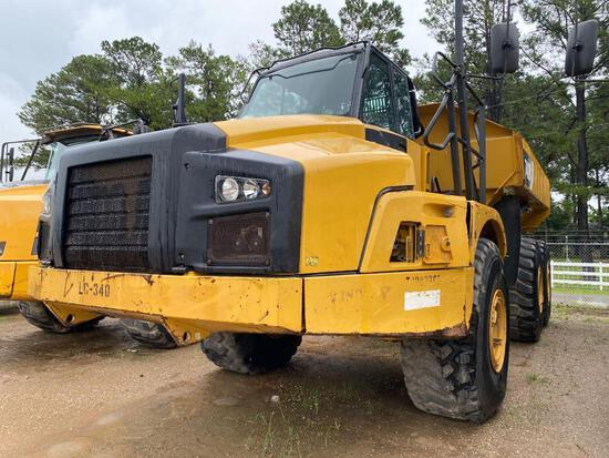 CAT 740B ARTICULATED HAUL TRUCK SN:T4RD2365 6x6, powered by Cat diesel engine, equipped with Cab, ai