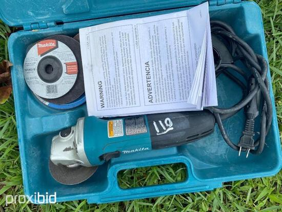 MAKITA ELECTRIC ANGLE GRINDER SUPPORT EQUIPMENT