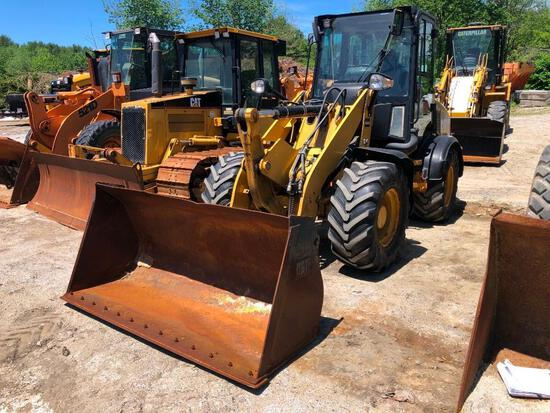 2010 CAT 908H RUBBER TIRED LOADER SN:LMD01048 powered by Cat C3.4 diesel engine, equipped with EROPS