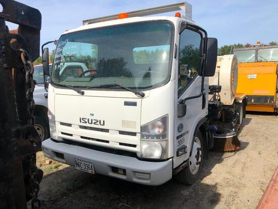 2013 ISUZU NQR SWEEPER VN:JALE5W161D7901273 powered by Isuzu diesel engine, equipped with automatic