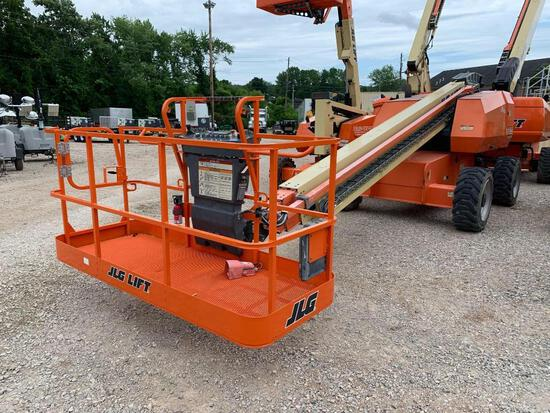 2015 JLG 600S BOOM LIFT SN:300198252 4x4, powered by diesel engine, equipped with 60ft. Platform hei