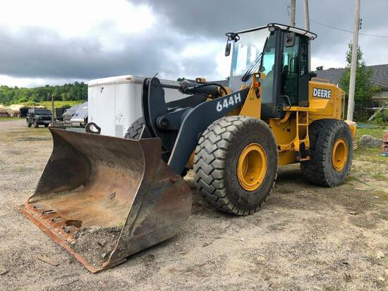 JOHN DEERE 644H RUBBER TIRED LOADER SN:589794 powered by John Deere diesel engine, equipped with ERO