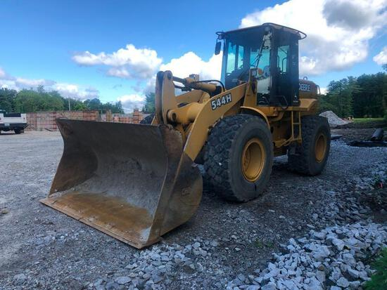 JOHN DEERE 544H RUBBER TIRED LOADER SN:586241 powered by John Deere diesel engine, equipped with ERO
