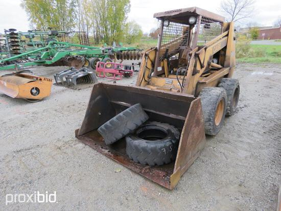 CASE 1845C SKID STEER powered by 4 cylinder diesel engine, equipped with rollcage, auxiliary hydraul