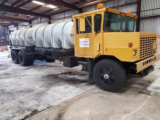 1991 OSHKOSH C83 SNOW PLOW TRUCK VN:10T2F3D04M1041634 powered by diesel engine, equipped with (2) 2,