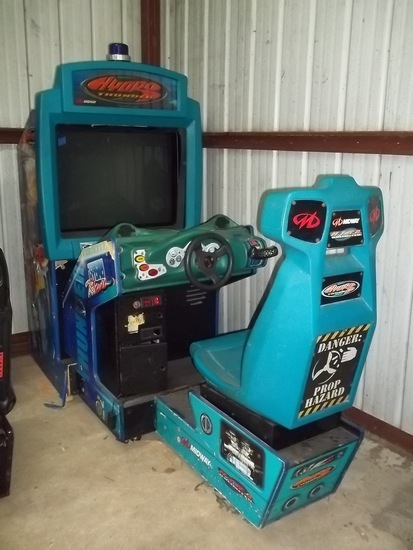 Midway Hydro Thunder Driving Arcade Game