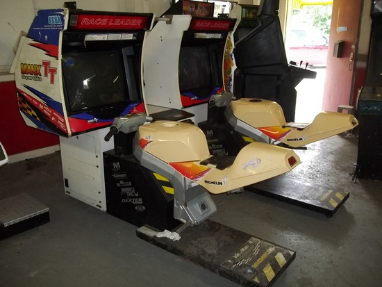 Race Leader Manx TT Super Bike Motorcycle Arcade Game