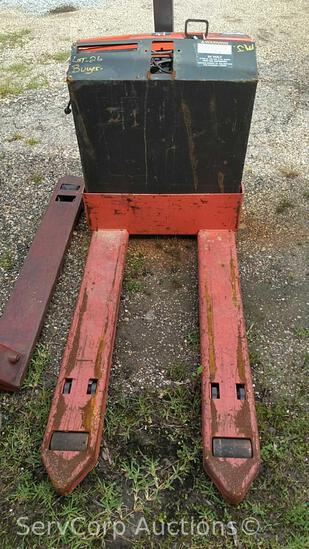 Raymond 102T-F45L 24-Volt Pallet Jack, No Charger, working condition unknown (Private Seller)