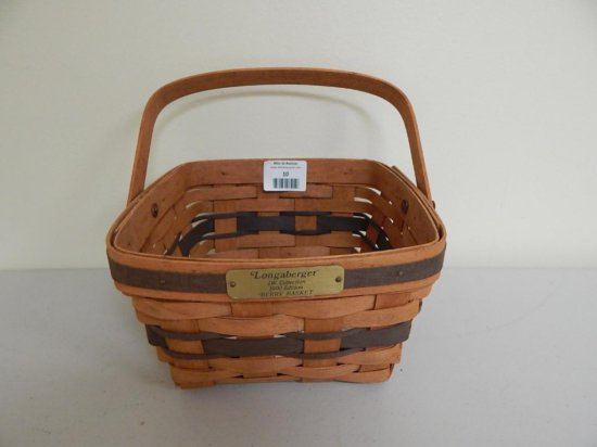 Longaberger J.W. Collection 8/12, 1990 Edition Large Berry Basket