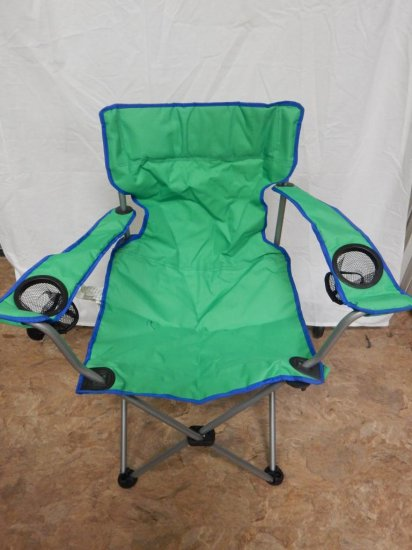 NEW Quad Folding chair with arms in carrying case.