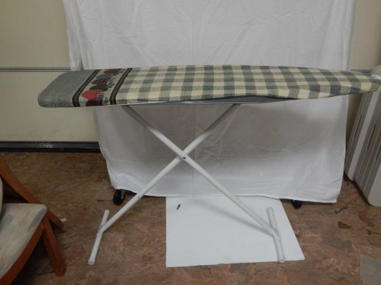 Folding Ironing board with pad