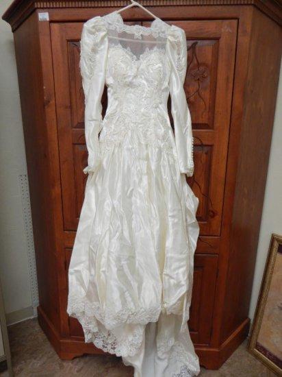 vintage Bridal Orginals Ivory Satin wedding dress