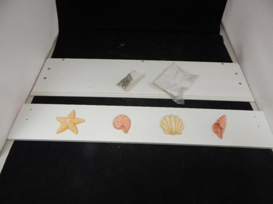 new in box White Wood shelf with pegs and shells