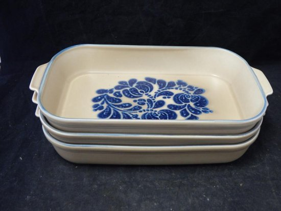 Pfaltzgraff Co Pottery, Lot of 3 Casserole Dishes