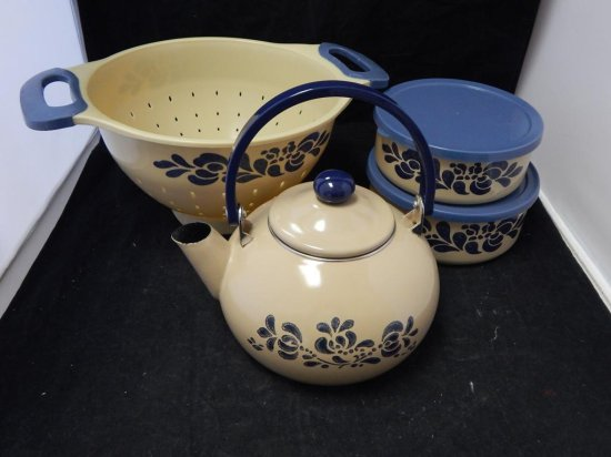 Pfaltzgraff Co Pottery, Lot of 4 Cooking accessories