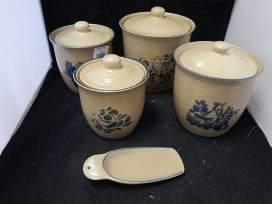 Pfaltzgraff Co Pottery, Lot of 5 Jars with lids and a scoop