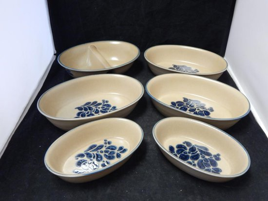 Pfaltzgraff Co Pottery, Lot of 5 Oval Bakers and 1 server