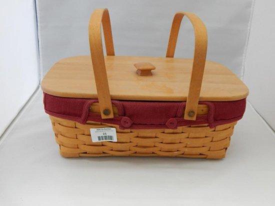 Longaberger small market basket with lid