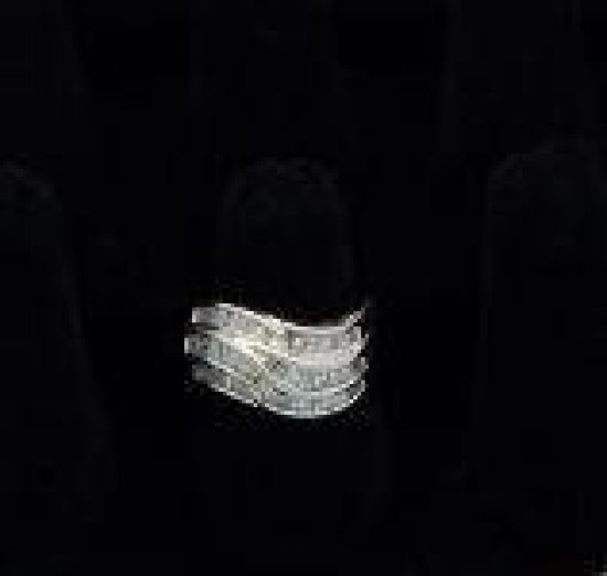 14kt gold diamond 2.00 cwt baguette ring size 8.5 appraised $3150.00