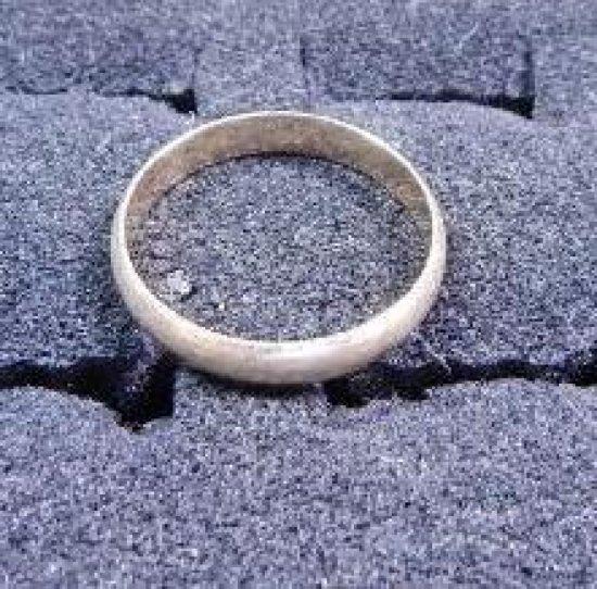 14kt Gold Wedding band size 10.5