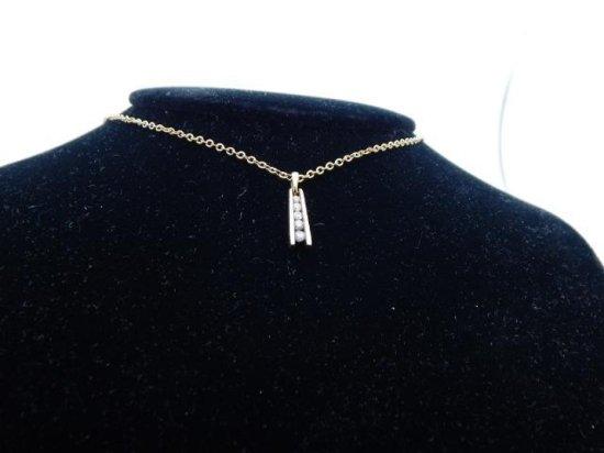 14kt Gold & Diamond pendant