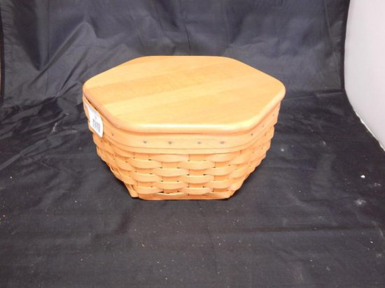 """Longaberger 1998 10"""" Generations Basket with Lid and plastic liner"""