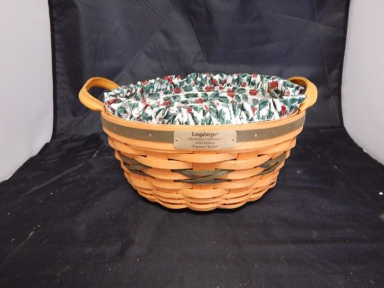 Longaberger 1999 Christmas Collection Popcorn Basket, two leather handles, fabric liner and plastic
