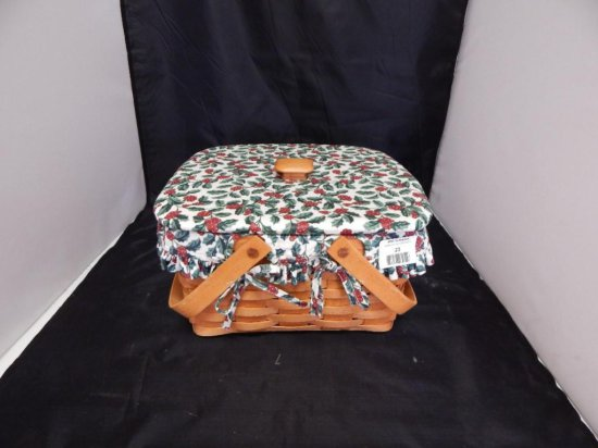 Longaberger 1994 Christmas Pie Basket with pie stand, fabric lining, plastic protector, and matching