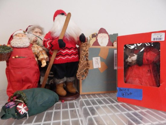 Large lot of Santa Clauses, Fabriche, plush, wood