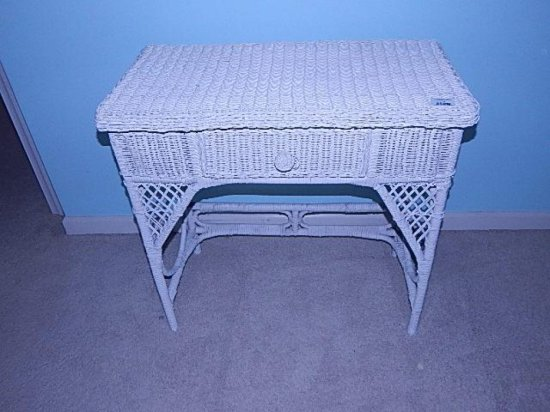 White Wicker End table