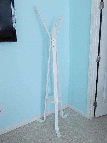 White wood modern 3 arm coat rack