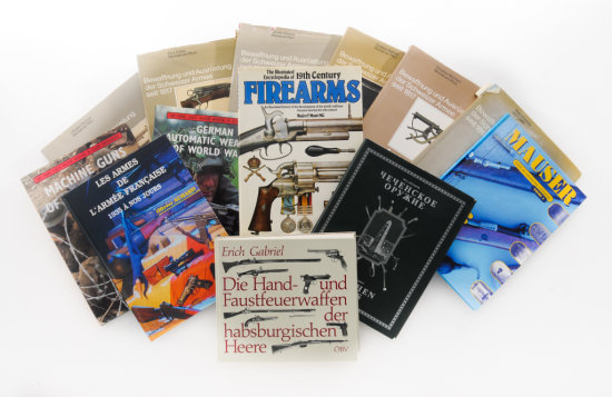 Lot of 13 Books on Firearms, most in German