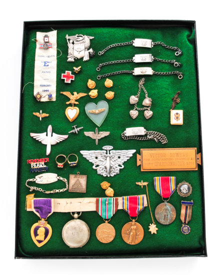 Lot of WWII US Insignia