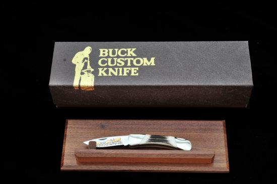 Ltd. Ed. Buck Custom M.500 ''Deer Herd'' Knife