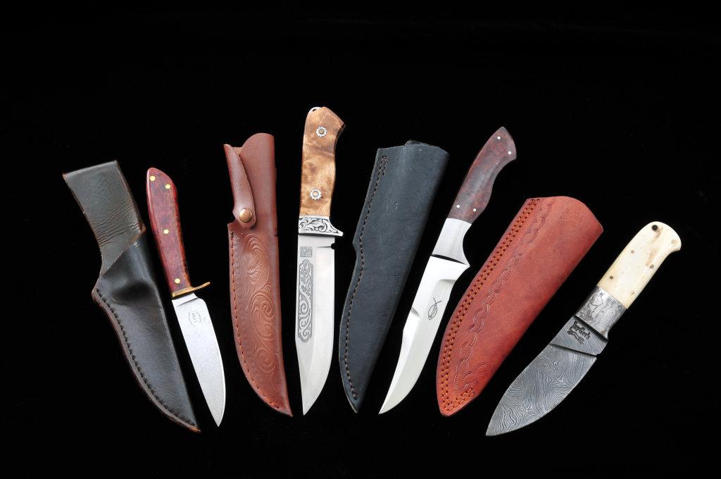 Lot of 4 Custom Fixed Blade Knives