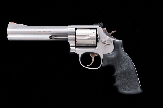S&W 686-4 Distinguished Combat Mag. Double Action Revolver