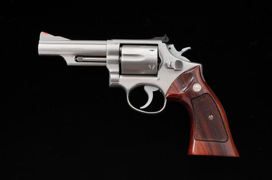 S&W Model 66 Combat Magnum Double Action Revolver