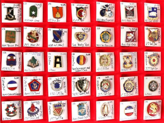 U.S. Army Crest Pins (35)