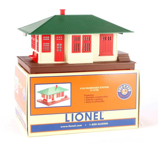 Lionel #133 Passenger Station