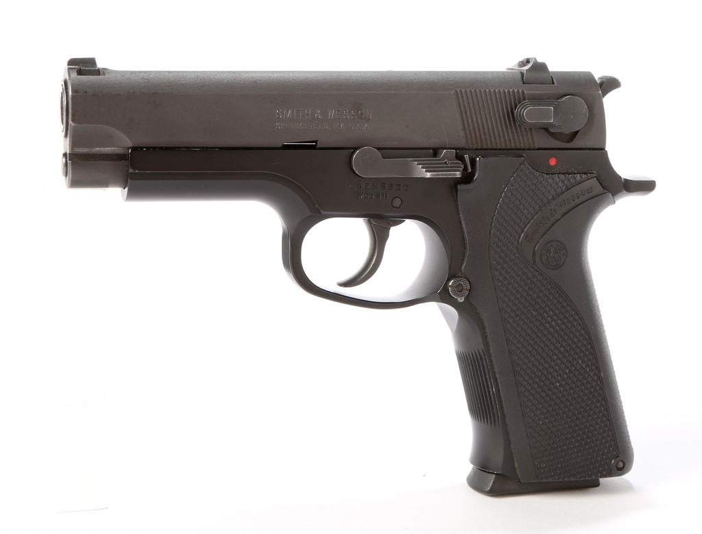 Smith & Wesson Model 411 in .40 Smith & Wesson