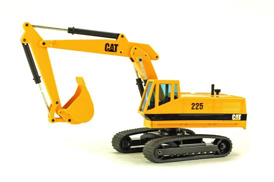 Caterpillar 225B Excavator