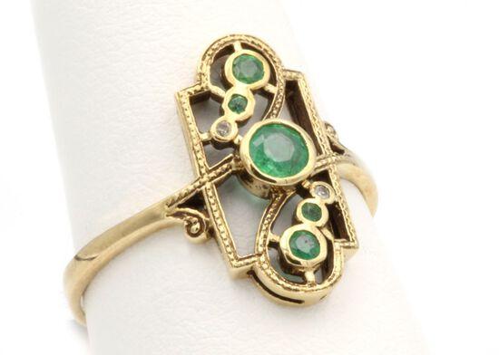 10K Gold & Emerald Ring