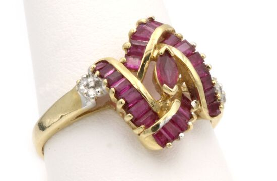 14K Gold & Ruby Ring
