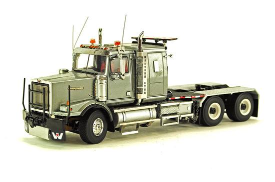 Western Star 4964 SX-1 Heavy Tractor - Silver