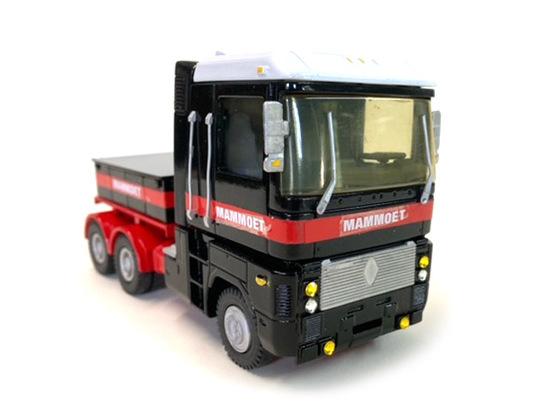 Renault COE Heavy Tractor w/Ballast Box - Mammoet